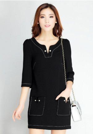 Polished Black Dress with Pocket