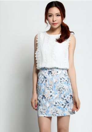 Sleeveless Lace Blouse with Floral Skirt Set