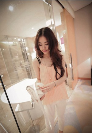 Loose Pleated Strap Shirt